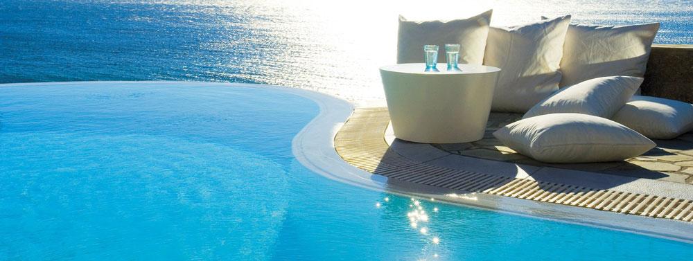 Недвижимость возле моря на Кипре