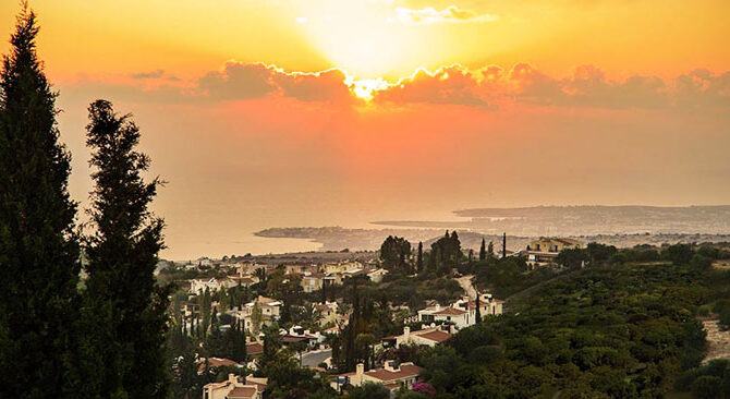 Купить виллу в комплексе kamares village Кипр
