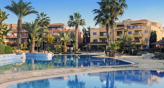 Продажа апартаментов в комплексе Limnaria Gardens Пафос