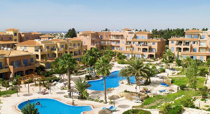Продажа апартаментов в комплексе Limnaria Gardens Пафос Кипр