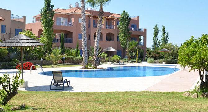 Продажа апартаментов в комплексе mandria gardens Пафос