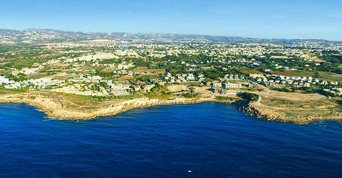 описание комплекса Adonis Beach Villas в Пафосе