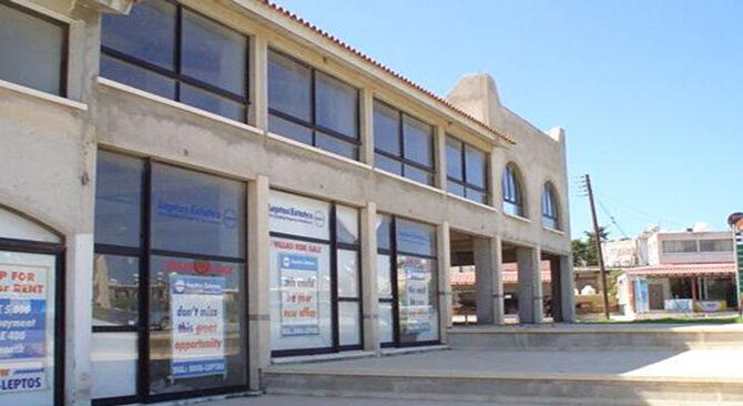Продажа магазина в CORAL BAY PLAZA Пафос Кипр