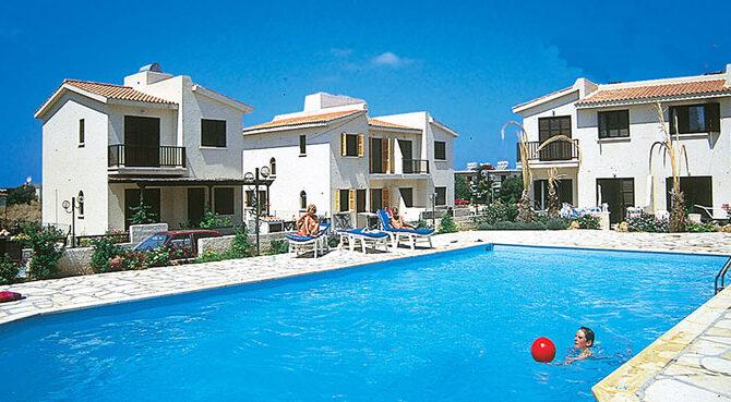 Продажа торговой недвижимости в комплексе violetta gardens Кипр