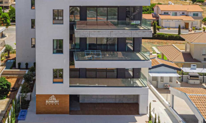 Продажа недвижимости в комплексе sunbury house в Лимассоле