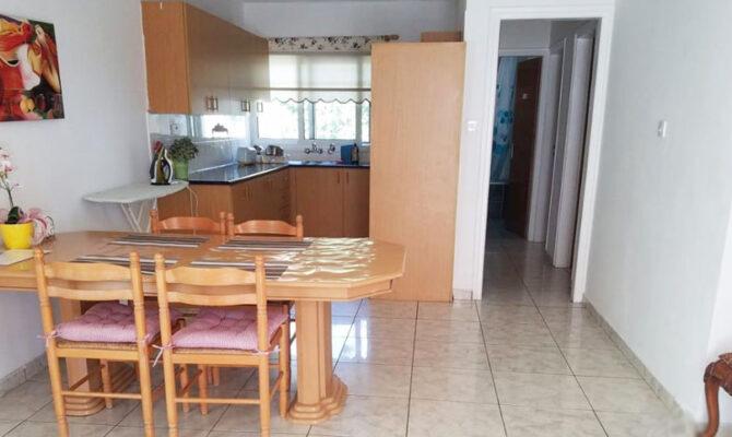 Продажа двуспальной квартиры в Айя Напе под бизнес
