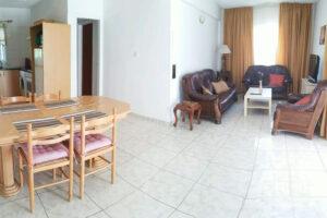 Продажа двуспальной квартиры в центре Айя Напы под бизнес