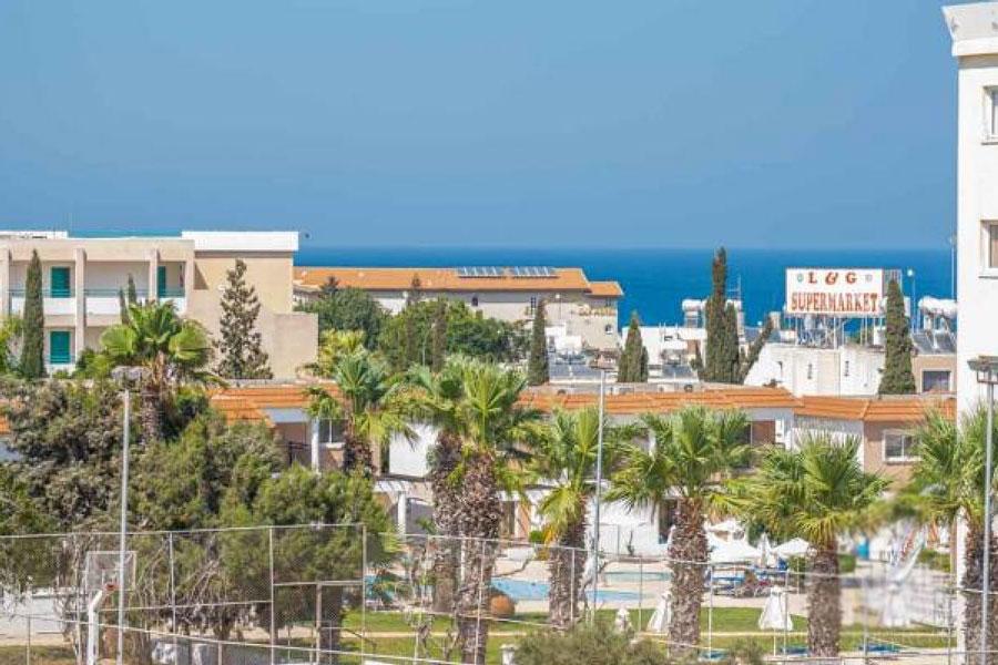 Продажа недвижимости у моря в Протарас