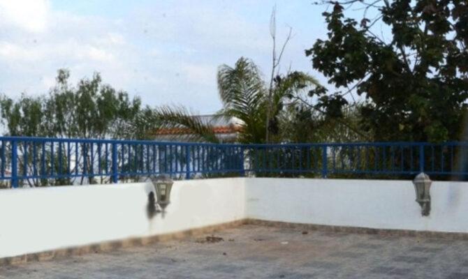 Продажа виллы в Протарасе на берегу моря Айя-Триада