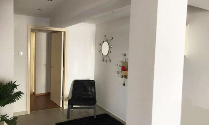 Продажа односпальной квартиры в центре Айя-Напы под инвестиции