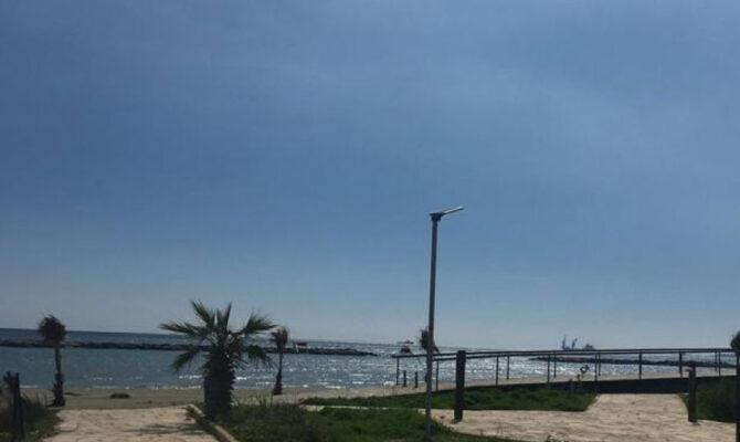 Продажа вилл на берегу моря в Декелии Ларнака