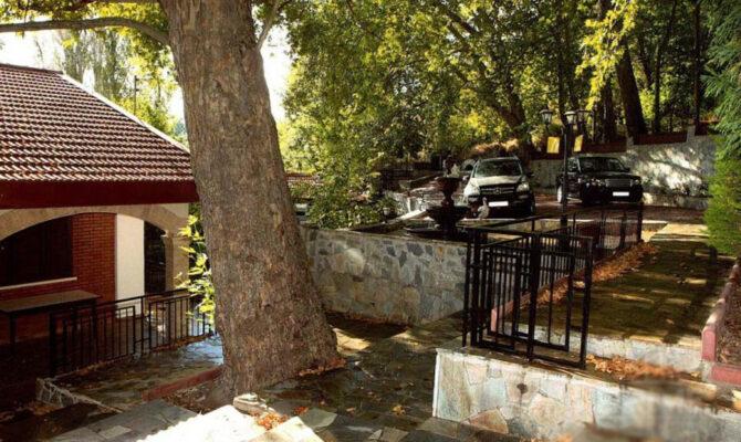 Покупка недвижимости в деревне Платрес Троодос