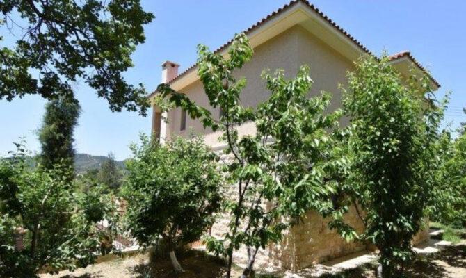 Продажа дома в деревне Пера Педи Троодос