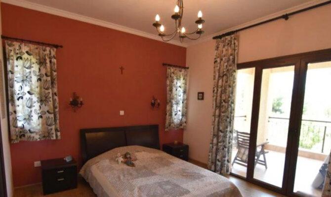 Продажа недвижимости в деревне Пера Педи в Троодос