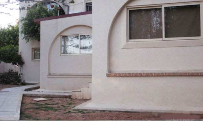 Квартиры в районе Агиос Тихонас Лимассол продажа