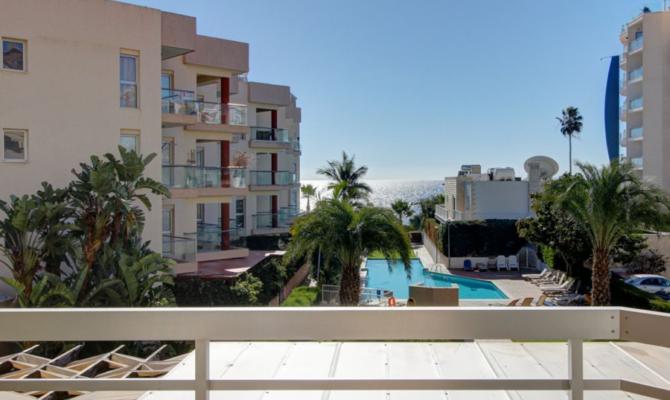 Покупка апартаментов на первой линии моря в районе Гермасое Лимассол