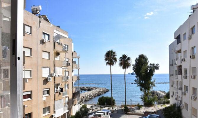 Продажа апартаментов на первой линии моря в Потамос Гермасоя Лимассол
