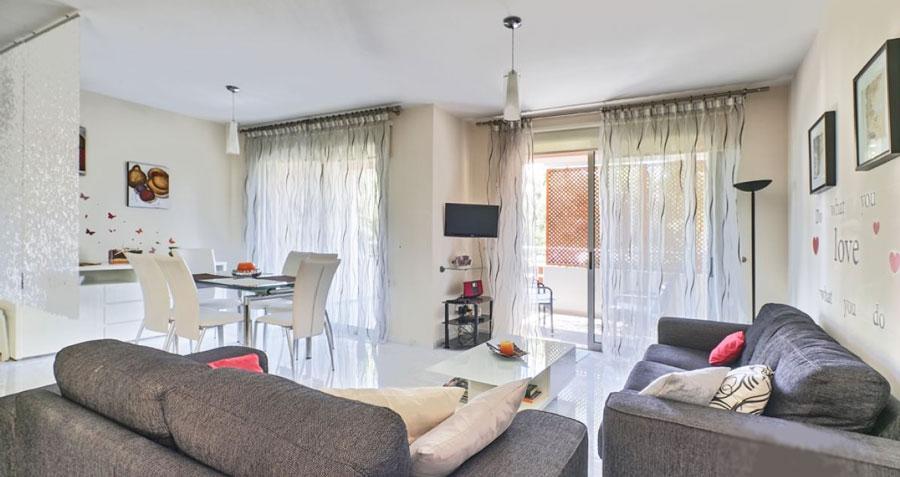 Продажа апартаментов в районе Парклейн в Лимассол