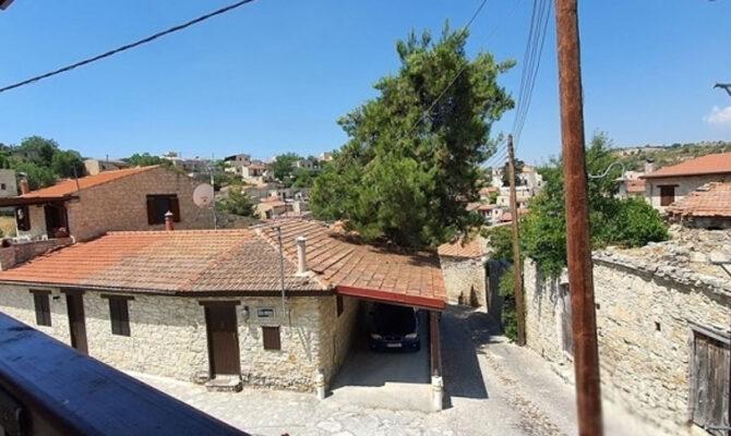 Продажа дома в деревне Лофу Кипр Лимассол