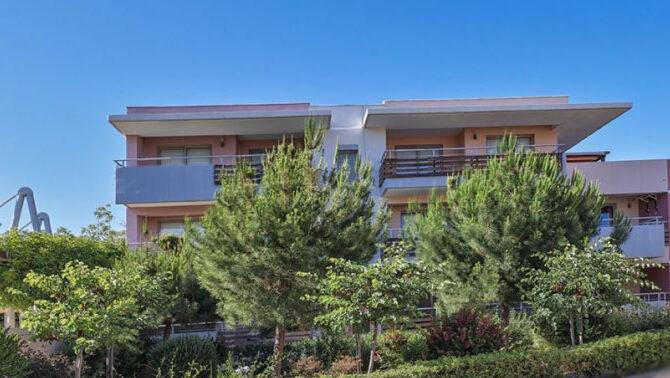 Продажа квартиры возле моря в районе Парклейн в Лимассол