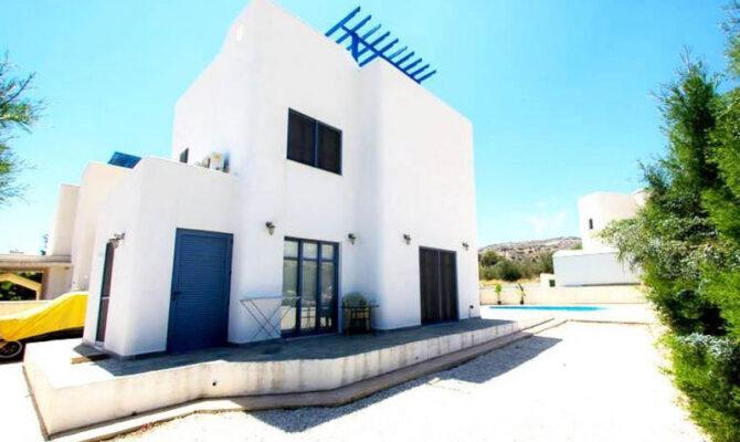 Продажа вилл в Лимассоле район Агиос Тихонас