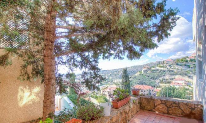 Покупка апартамента в районе Агиос Тихонас Лимассол