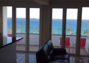 Продажа квартиры с видом море в центре Лимассола