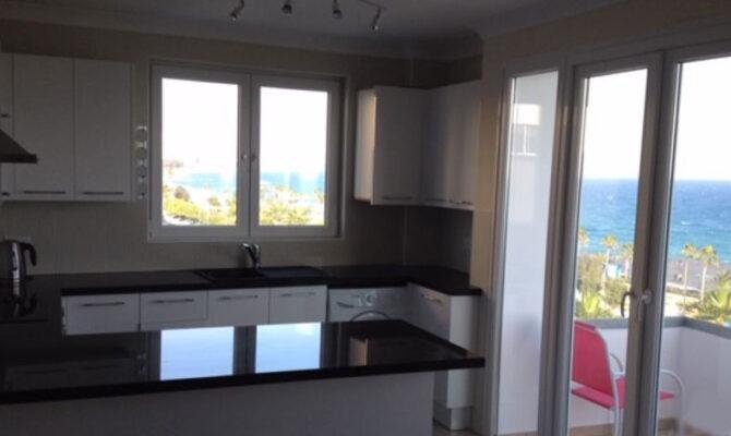 Продажа квартиры у моря в Лимассоле