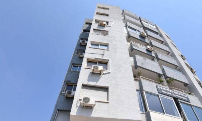 Продажа квартиры у моря возле Молос Лимассол