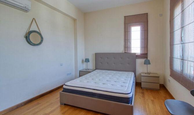 Продажа квартиры возле моря в комплексе Лимассол Марине Кипр