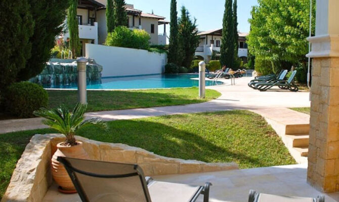 Купить апартаменты в комплексе aphrodite hills Пафос