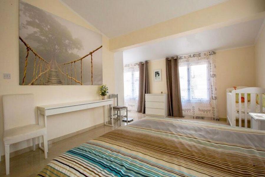Купить дом в Корал Бэйе Пафос