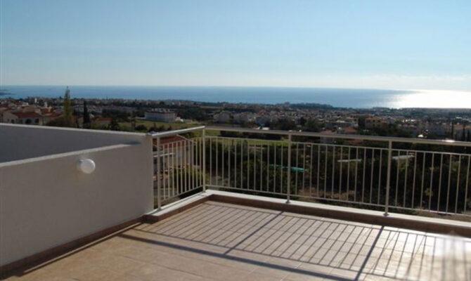 покупка квартиры с видом на море в Пейе Пафос