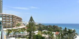 Продажа апартаментов возле моря в Фор Сизонс Лимассол