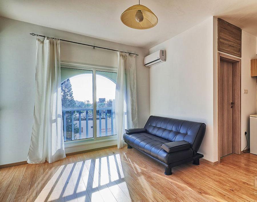 Продажа дешевой квартиры в Агиос Тихонас Лимассол