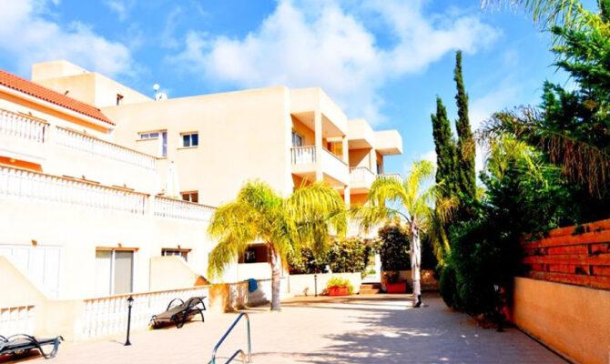 Покупка квартиры с видом на море в Киссонерге Пафос
