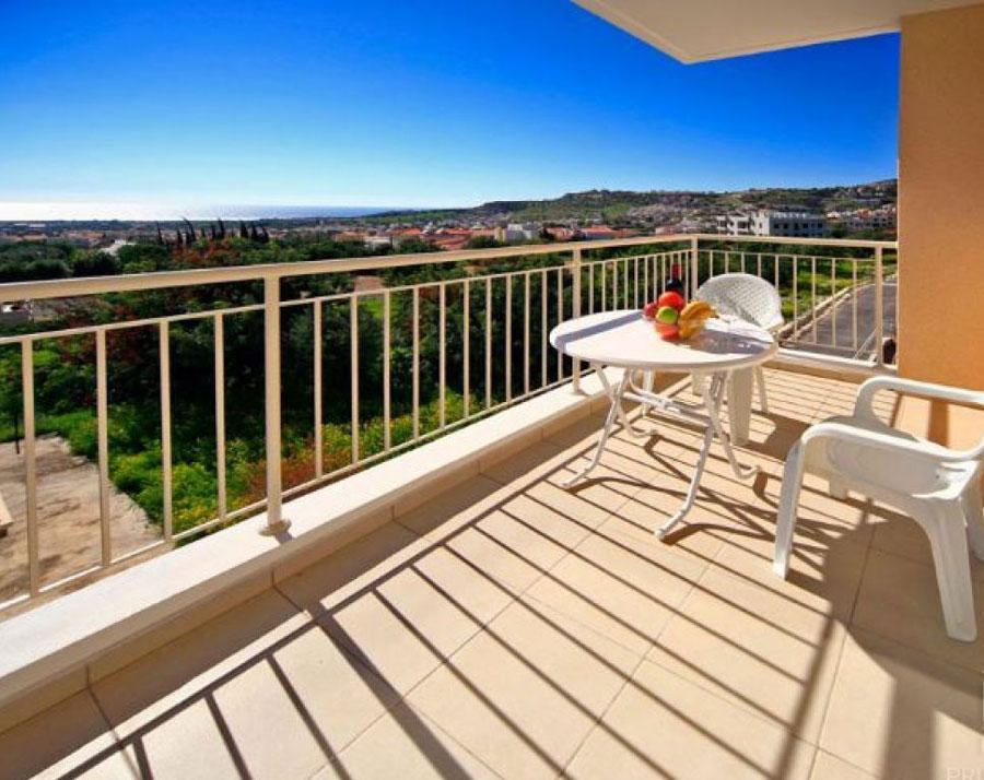 продажа квартиры с видом на море в Пейе Пафос