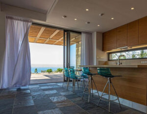 Купить люксовую виллу с видом на море в районе Афродайт Хилс Кипр