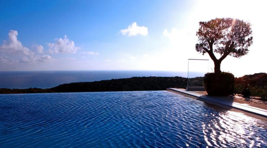 Продажа дома с видом на море в Афродита Хилс на Кипре