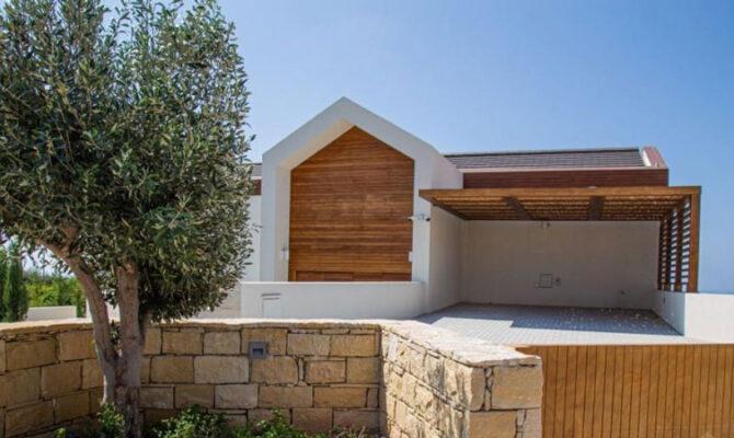 Продажа люксовой виллы в районе Афродайт Хилс на Кипре