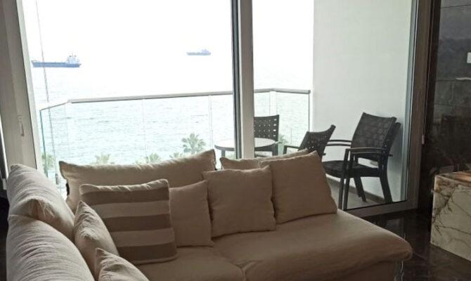 Продажа квартиры на первой линии Молос Лимассол