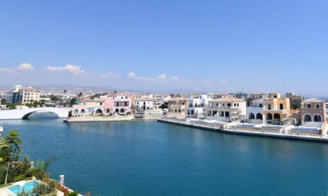 Продажа виллы в Лимассол Марине Кипр